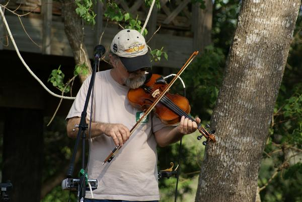 MIKE-ROBINSON-FIDDLE-MIKE
